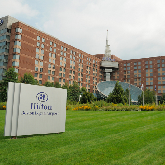 hilton hotel boston logan airport hers magazine. Black Bedroom Furniture Sets. Home Design Ideas